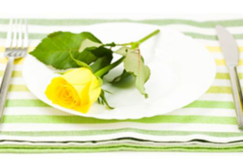 Köstliche Blüten – Der Garten bittet zu Tisch