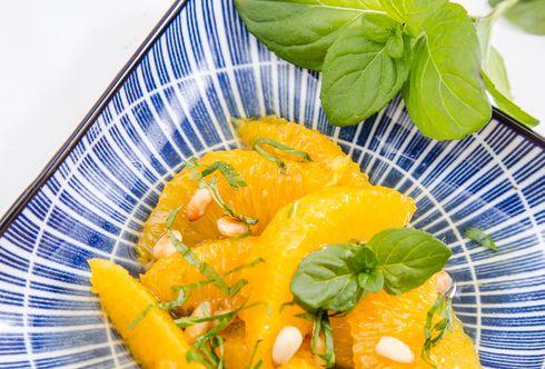 Orangensalat mit Orangenminze