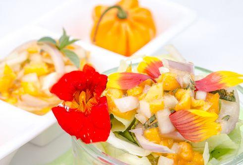 Habanero-Salsa mit Zitronenbasilikum